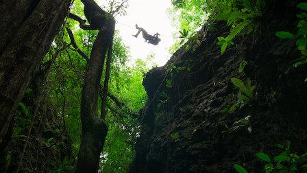 觀賞叢林救援行動(下)。第 1 季第 2 集。