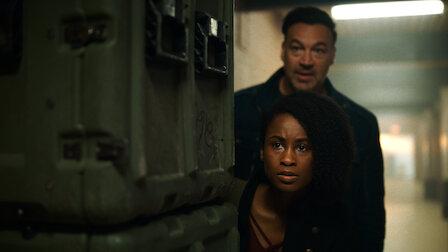 觀賞黑暗連結。第 4 季第 2 集。