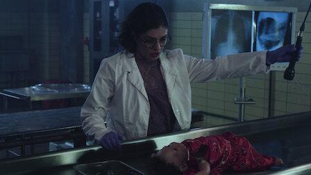觀賞妳不是我媽媽。第 1 季第 8 集。